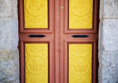porta-igrexa-cepeda